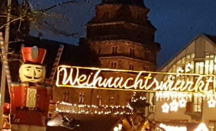 Nachtbild vom Aschaffenburger Weihnachtsmarkt